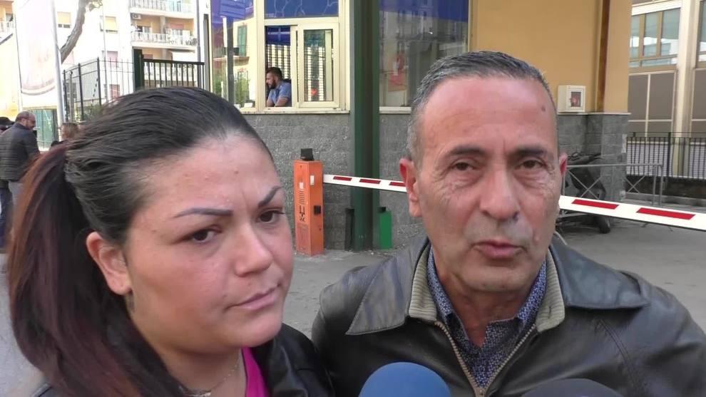 """Noemi, parlano i nonni: """"La bimba non vuole tornare a piazza Nazionale"""""""