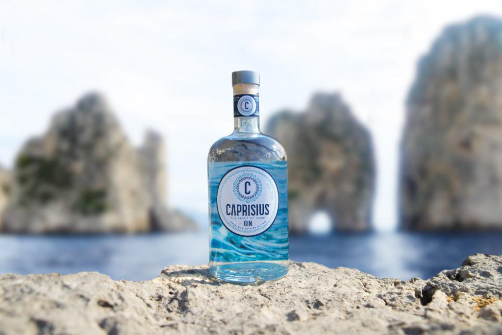 Caprisius, il primo distillato dell'isola azzurra