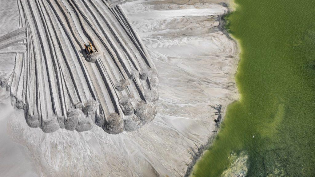 """Antropocene –L'epoca umana–"", un film misura l'ecoimpronta"