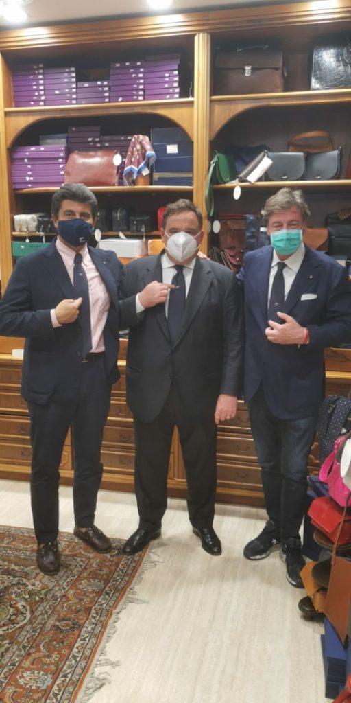 Rinascimento italiano, la nuova cravatta di Cilento promossa con Ancorotti e Petrone