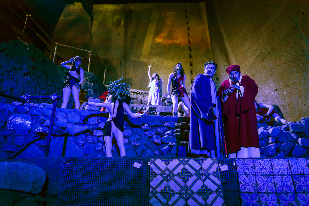 L'Inferno di Dante nelle Grotte di Castelcivita eil Paradiso al Castello Arechi
