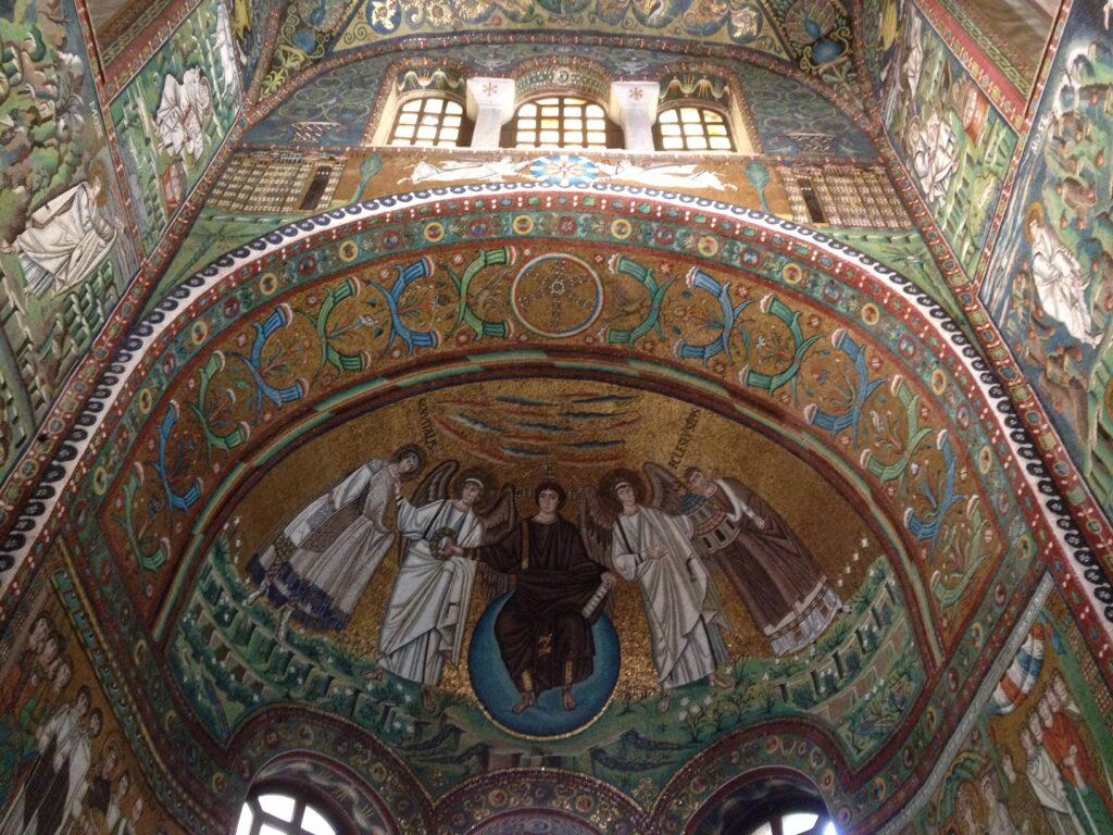 Dante, prima di Ravenna, prima della corona d'allora, un politico in carriera