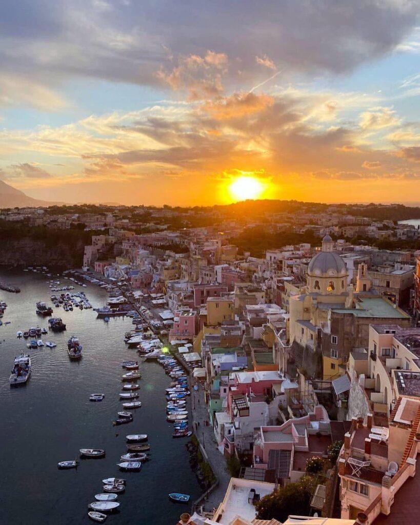 Procida Capitale Italiana della Cultura 2022, un volano per il Golfo di Napoli