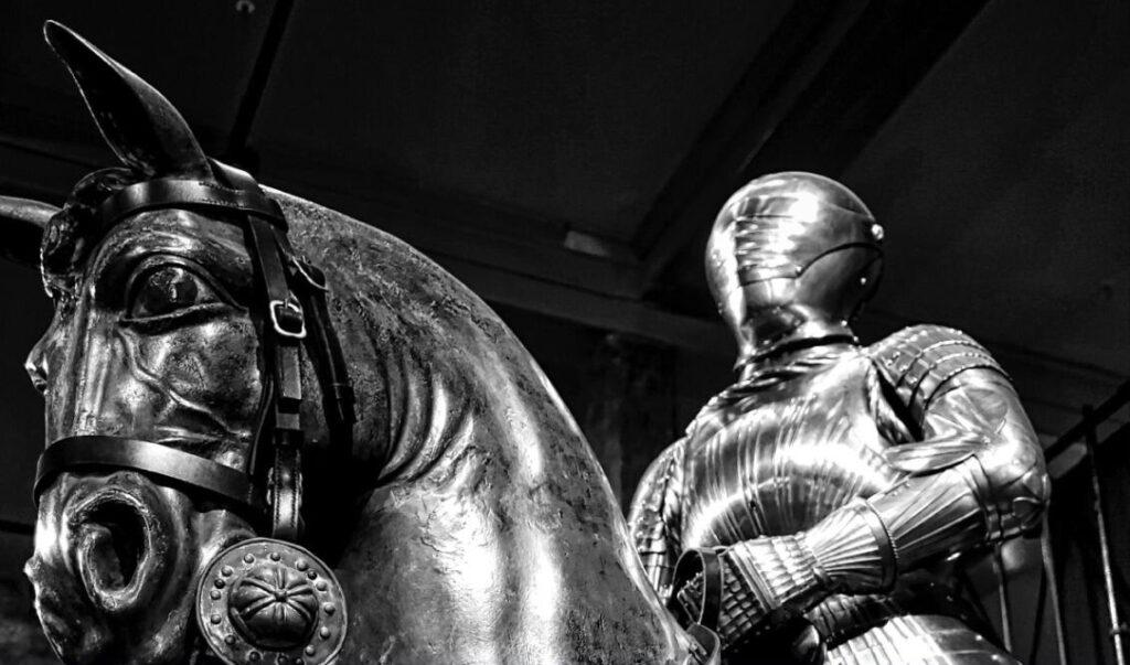 Le leggende del cuore, una visita ai monumenti del centro antico di Napoli