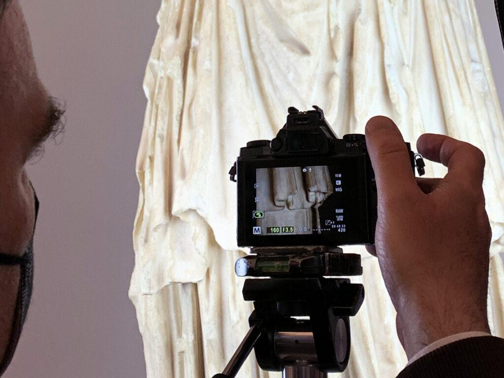 Tracce di rosso individuate su Minerva ed Ercole Farnese
