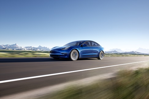 Tesla tra le aziende protagoniste al salone Bluexperience